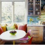 диван на кухне интерьер
