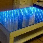 дизайн стола с эффектом бесконечности