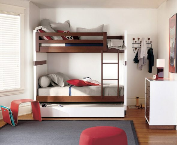 стационарная двухъярусная кровать