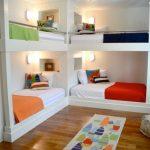 двухъярусная кровать две углом