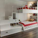 двухъярусная кровать с бортиками