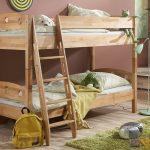 двухъярусная кровать светлая