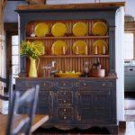фото кухонных буфетов в интерьере