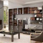 красивая мебель с неприятным запахом
