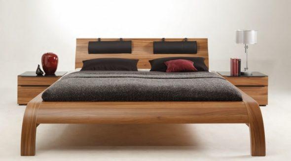 кровать из дерева модерн