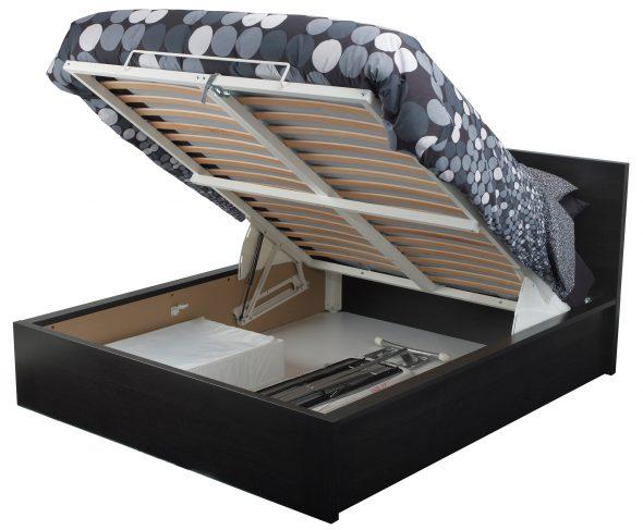 кровать с подъемным газовым механизмом