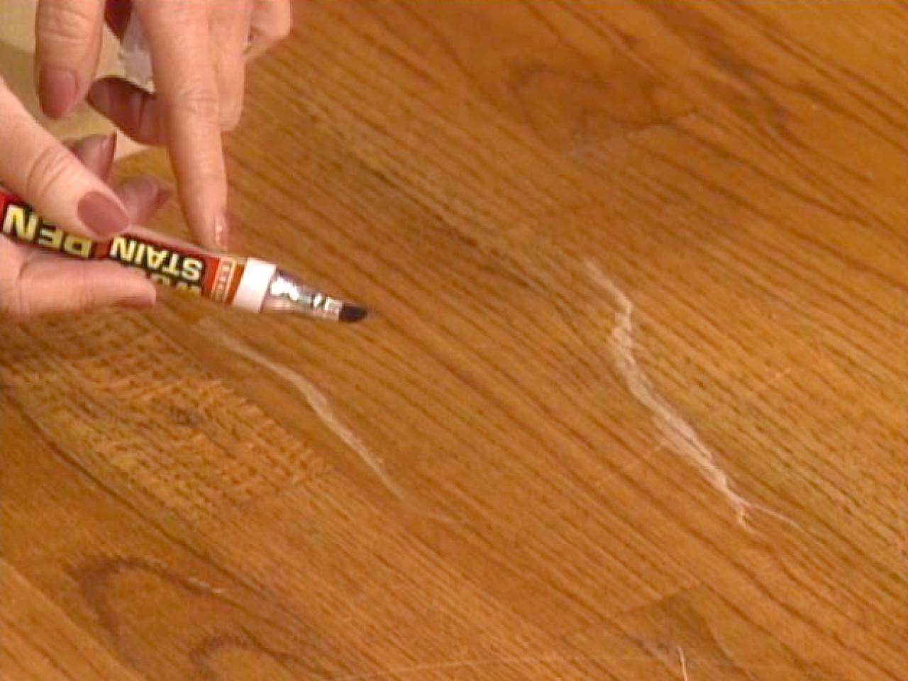 Как убрать царапины с паркетной доски в домашних условиях