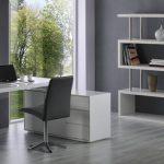 новая мебель для рабочего места
