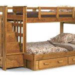 практичная детская кровать