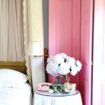 ширма в интерьере розовая