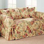 шить на диван чехлы с розами