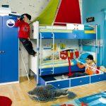спальня для двух мальчиков в синих тонах