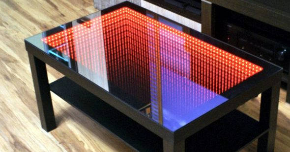 стол бесконечности красный