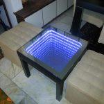 стол с эффектом бесконечности квадратный