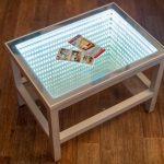 стол с эффектом бесконечности металлический