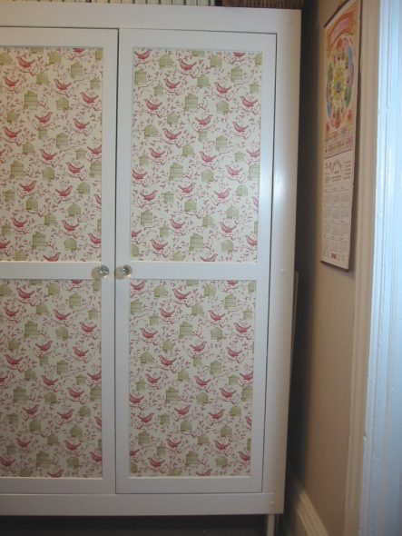 Декупаж дверей шкафа