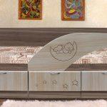 деревянная кровать дельфин