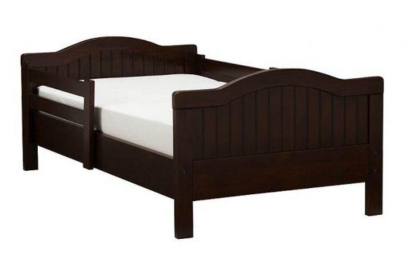 Детская классическая кровать с бортиками от 3 лет