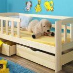 детская кровать дерево