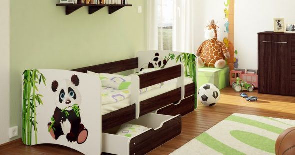 Детская кровать с бортиками с рисунком панды