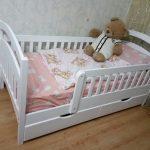 Детская кроватка Карина