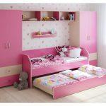 Детская спальня для двух девочек