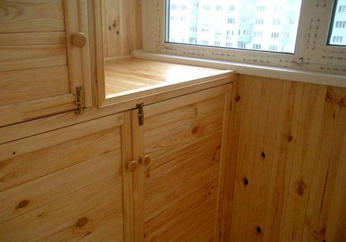 Дизайн шкафа на балконе