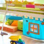 детская кровать с бортиками чердак