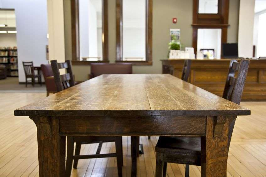 Фото деревянный стол
