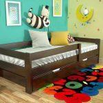 Удобная детская кровать с бортиком безопасности Альф