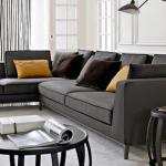 Угловой диван-трансформер черного цвета