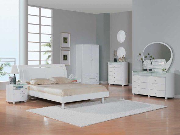 белая мебель пластик в интерьере