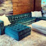 бирюзовый диван интерьер