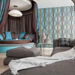 бирюзовый диван спальня