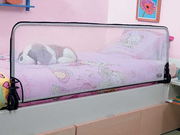 Бортик защитный для детской кровати