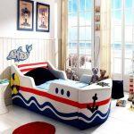 детская кровать с бортиками корабль