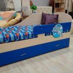 синяя кровать дельфин