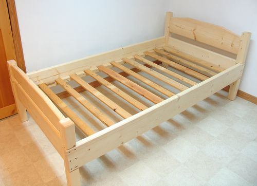 готовая кровать
