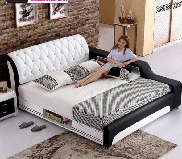 кожаная кровать