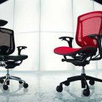 компьютерное кресло красное и черное