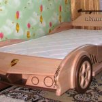 кровать детская автомобиль