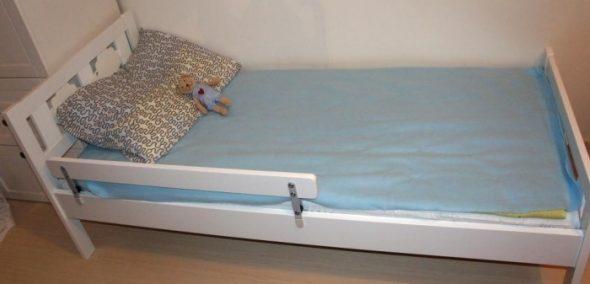 Бортик для детской кровати от Икеа: удобно, практично и безопасно