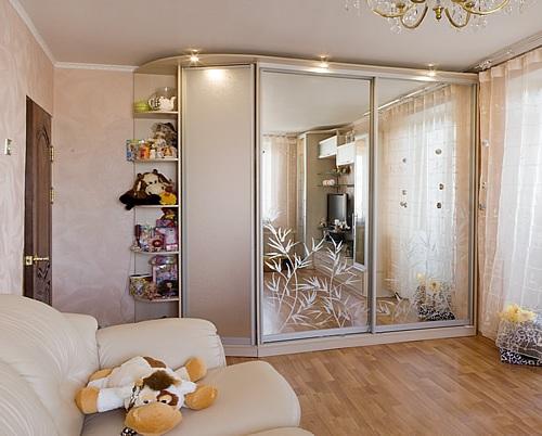 шкаф-купе-и гардеробная и удобный шкаф