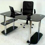 стеклянные столы для компьютера