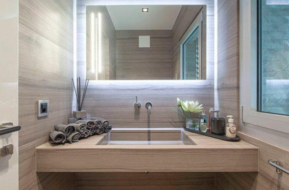 светильник над зеркалом в ванную своими руками