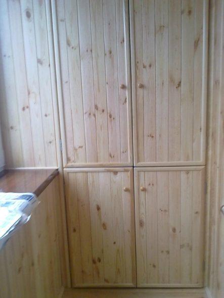 узкий шкаф