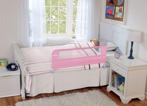 кроватка с бортиком для девочки