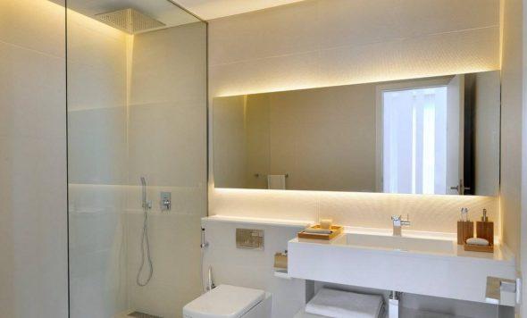 зеркало в ванной с подсветкой
