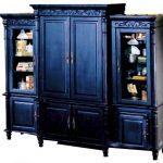Деревянный шкаф Граф искусственно состаренная мебель