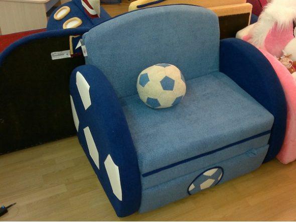 Детское кресло-кровать для мальчика